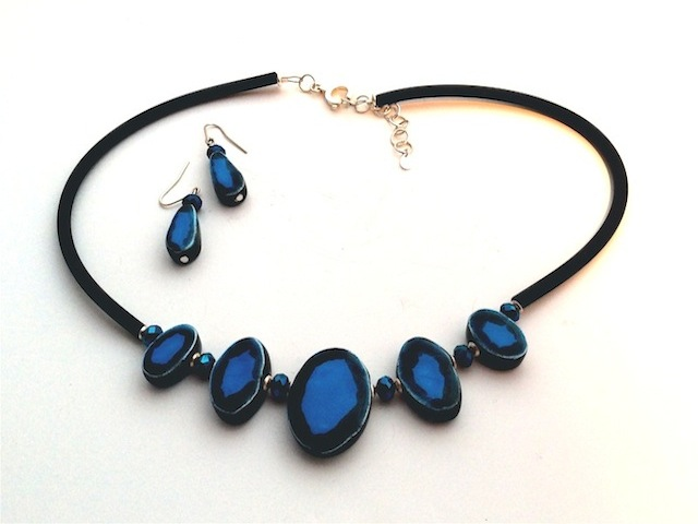 Blue Ovals Necklace & Earrings